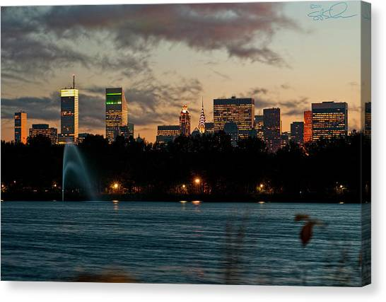 Great Pond Fountain Canvas Print