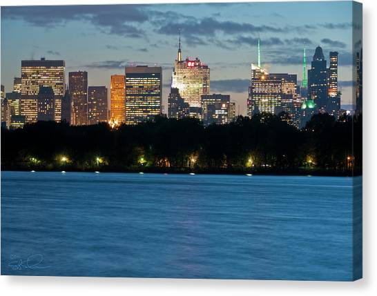 Great Pond Skyline Canvas Print