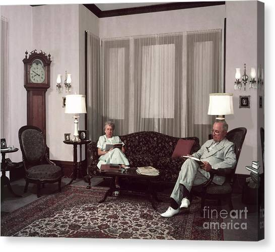 Harry Truman Canvas Print - Harry And Bess Truman by Photo Researchers