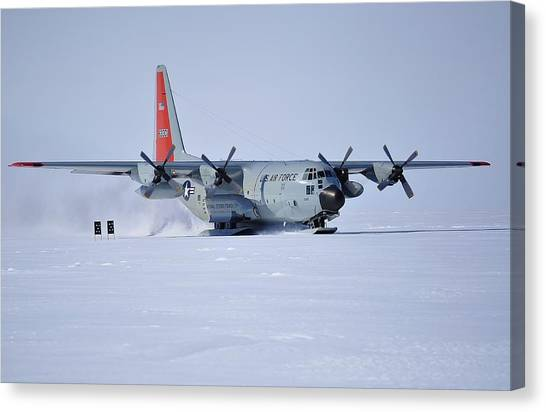 Hercules Lc130h 02 Canvas Print by David Barringhaus