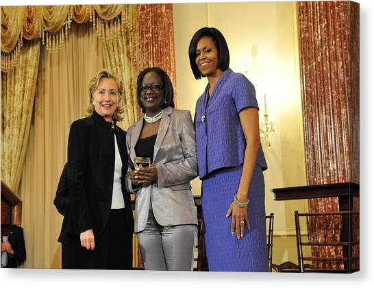 Bswh052011 Canvas Print - Hillary Clinton And Michelle Obama by Everett