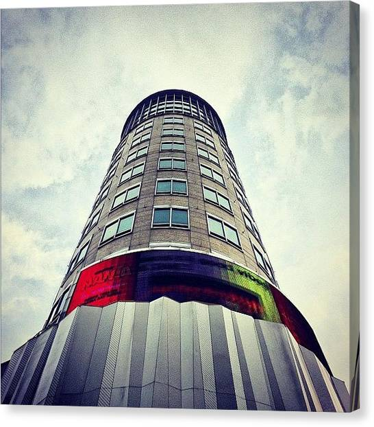 Orchard Canvas Print - H&m Building! by Richard Phyo