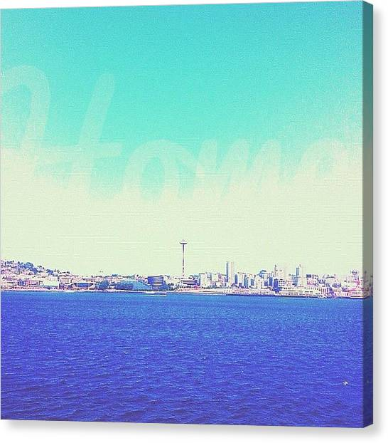 Seattle Skyline Canvas Print - Home Town Glory by Esther Filip