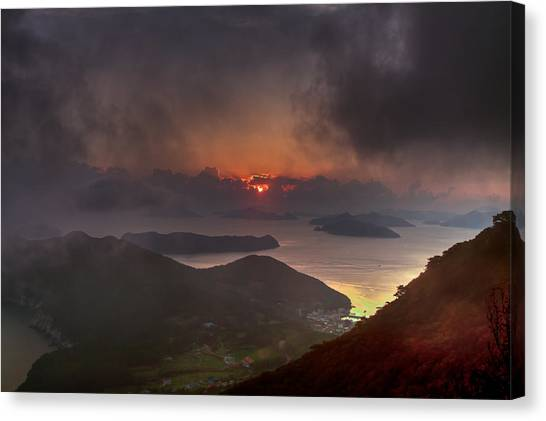 Hongpo Sunset South Korea  Canvas Print