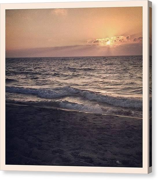 Beach Sunsets Canvas Print - I Kno I Kno, A #sunset Shot... Ugh🙇 by Walied A