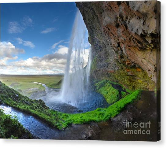 Iceland Waterfall Seljalandsfoss 02 Canvas Print