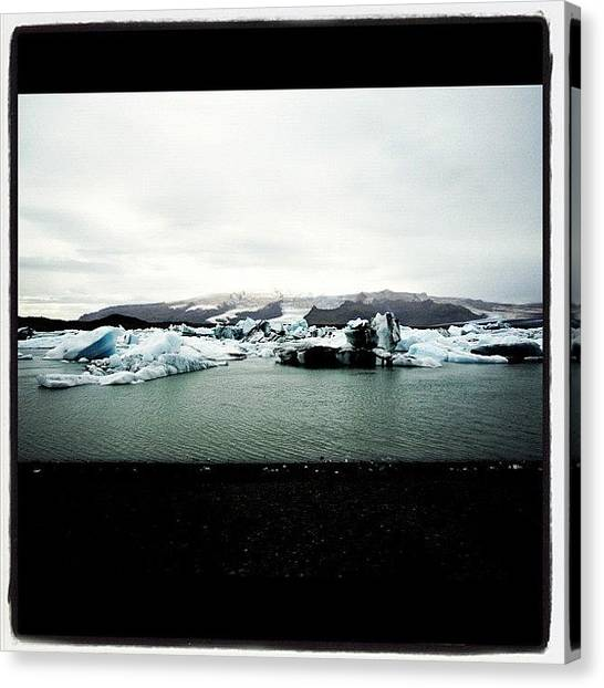 Glaciers Canvas Print - #ijsland #iceland #icedcooly by Es Le
