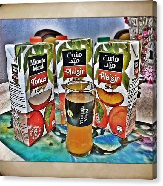 Juice Canvas Print - Il N Y A Pas Mieux Qu Un Bon Jus Pour by Styledeouf ®