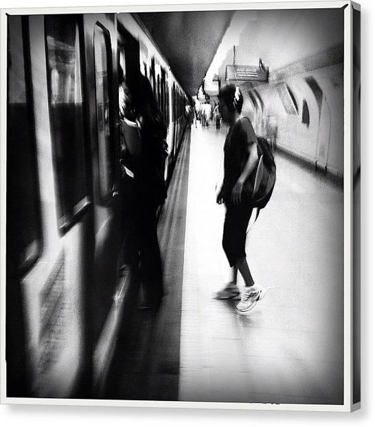 London Tube Canvas Print - #inthesubway #metro #underground by Geovanny Ardila
