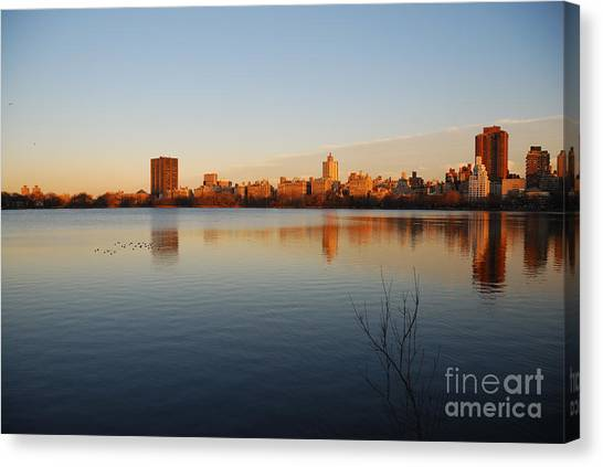 Jacqueline Kenedy Onassis Reservoir Canvas Print by Alan Clifford