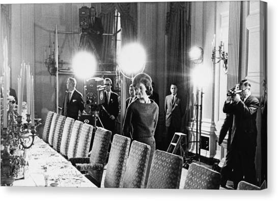 Jacqueline Kennedy And Television Crew Canvas Print by Everett
