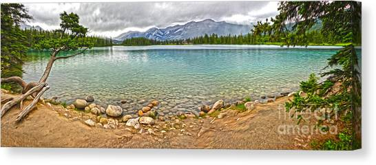 Jasper National Park - Maligne Lake Canvas Print