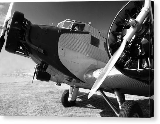 Junkers Ju 52 1939 Canvas Print by Maxwell Amaro