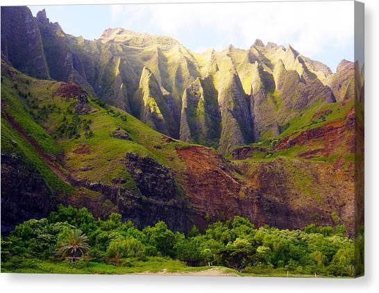Kalalau Beach Mountains Kauai Canvas Print by Kevin Smith