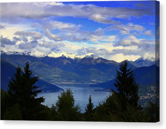 Lake Of Como View Canvas Print
