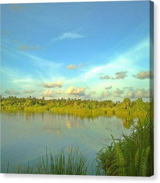 Volleyball Canvas Print - Lake Of Fuvahmulah by Mohamed Nishan