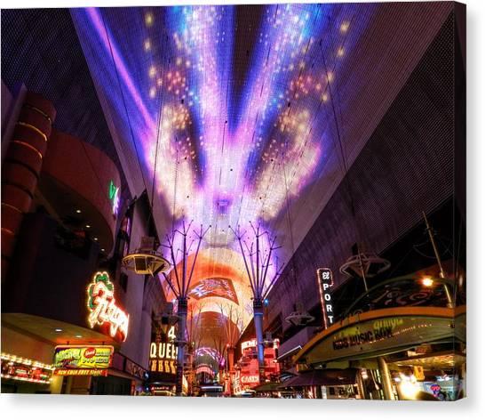 Las Vegas 062 Canvas Print by Lance Vaughn