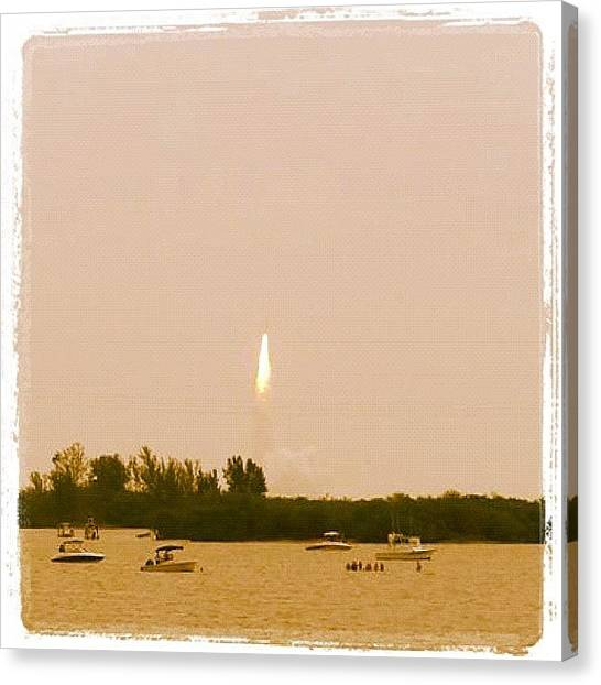 Space Shuttle Canvas Print - Last Launch For The Space Shuttle!!! by Quique Alicante