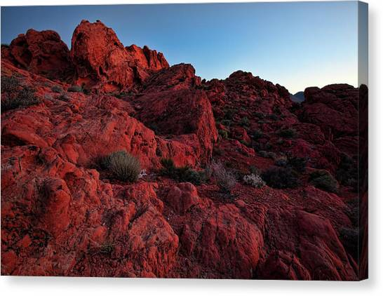 Valley Of Fire Canvas Print - Last Light In Valley Of Fire by Rick Berk