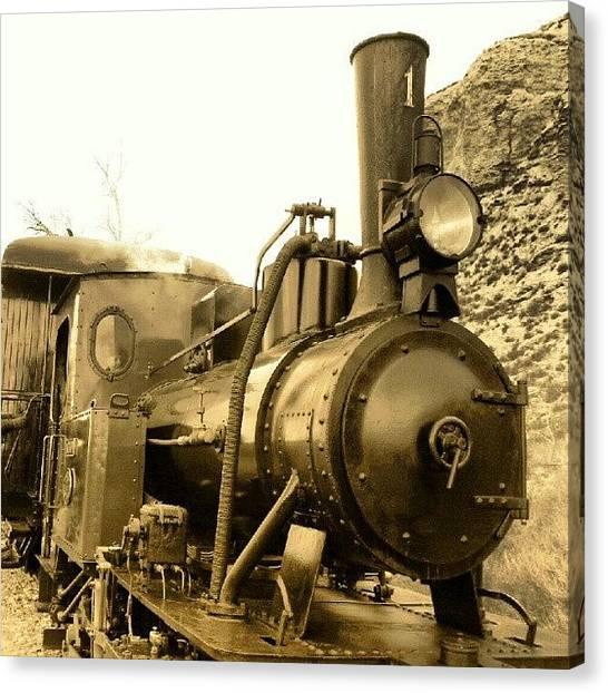 Locomotive Canvas Print - Locomotora by Javier Moreno
