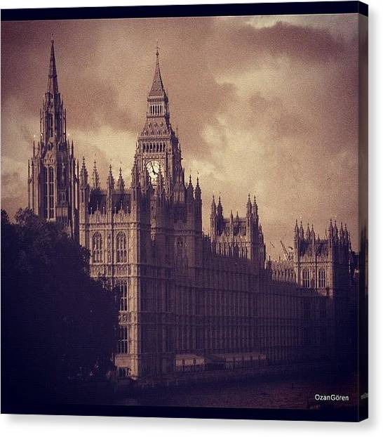 London Canvas Print - #london 05.10.1605 by Ozan Goren