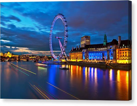 london Eye Nightscape Canvas Print by Arthit Somsakul