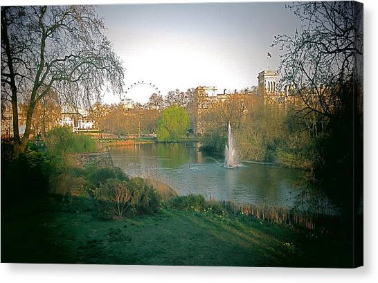London Park Canvas Print