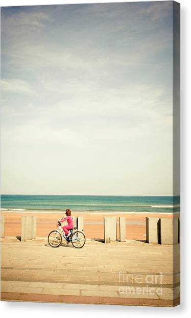 Looking At The Horizon Canvas Print by Inhar Mutiozabal