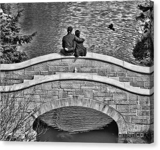 Lovers On A Bridge  Canvas Print