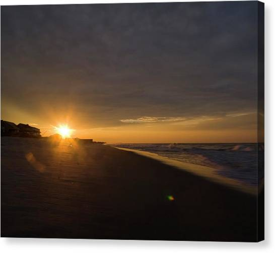 Low Ceiling - Holden Beach Canvas Print