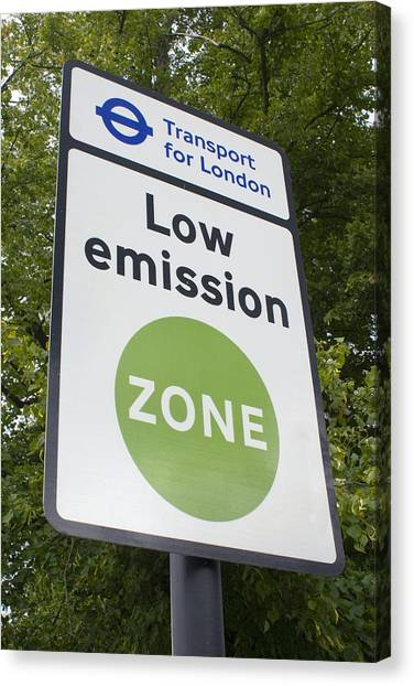 Low Emission Zone Sign In Essex, Uk. Canvas Print by Mark Williamson