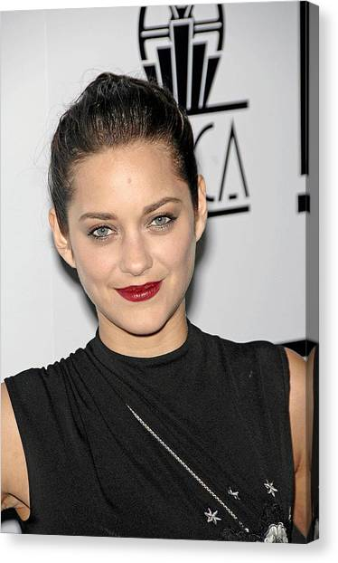 Marion Cotillard At Arrivals For Los Canvas Print by Everett