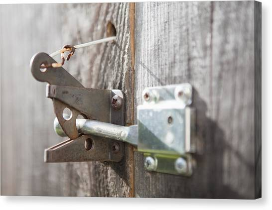 Charmant Metal Gate Latch Of Garden Gate Canvas Print By Bryan Mullennix