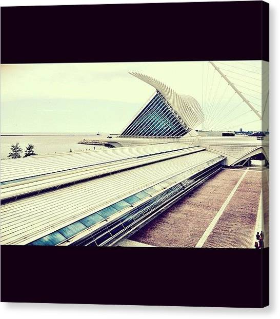 Lake Michigan Canvas Print - Milwaukee Art Museum by Tasha L