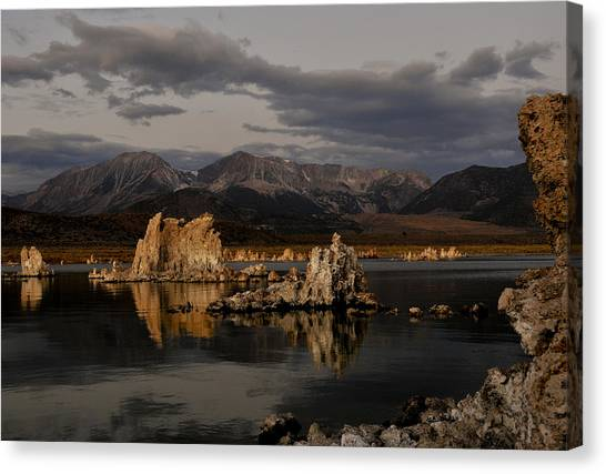 Mono Lake At Sunrise Canvas Print