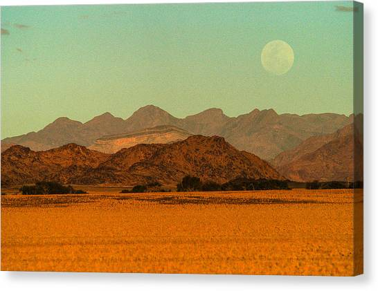 Moonrise Moment Canvas Print