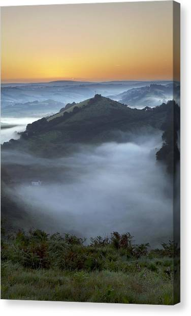 Morning Mist Canvas Print by Dr Keith Wheeler
