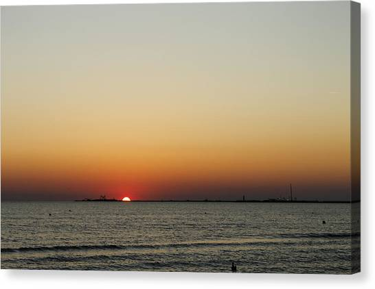 Sunrise Horizon Canvas Print - Morning Sunrise by Steve K