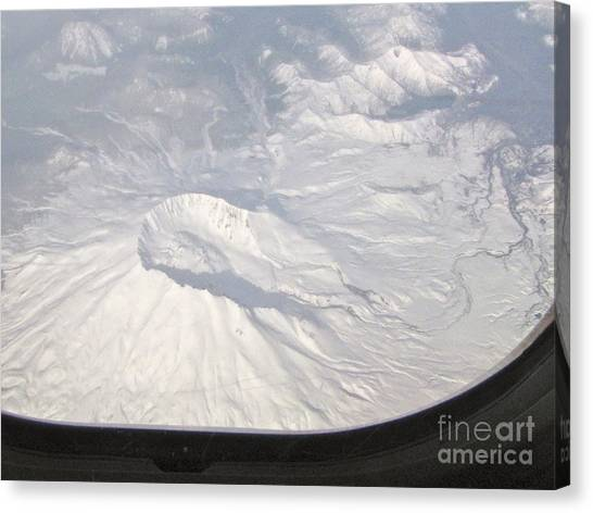 Mount St. Helens From Alk 458 Canvas Print