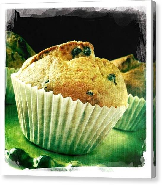Berries Canvas Print - Muffin by Ale Romiti 🇮🇹📷👣