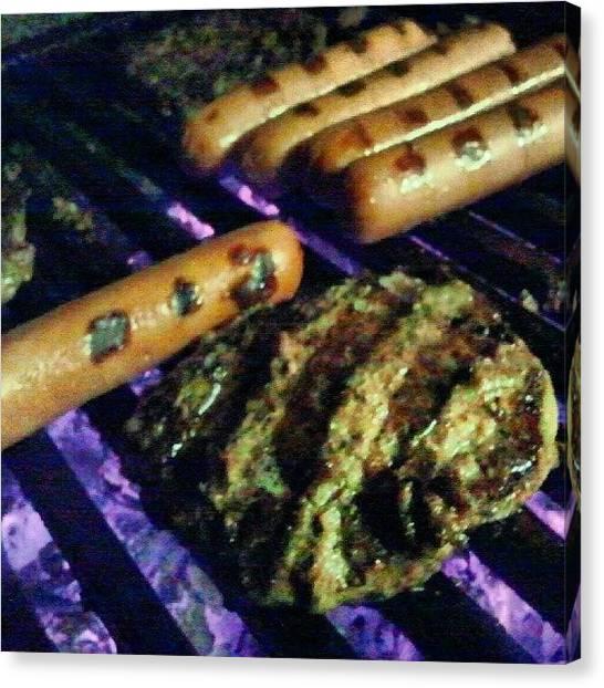 Hamburger Canvas Print - #mydayoff #hamburgers And #hotdogs by Fernando Ostos