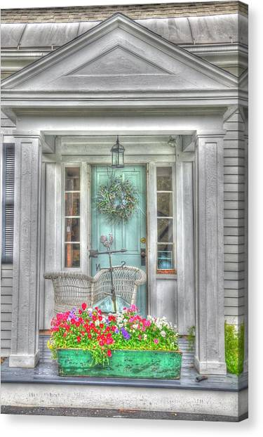 New England Doorway Canvas Print by Lisa Goddard