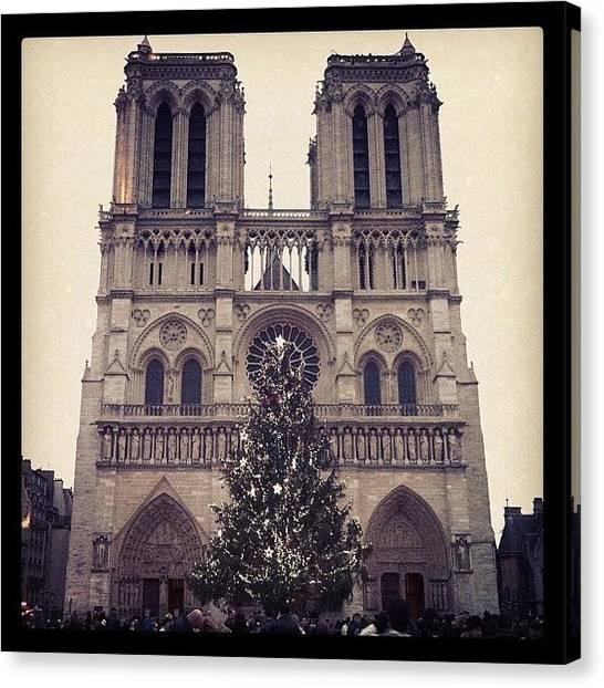 Gothic Art Canvas Print - Notre Dame @ Christmas by Quique Alicante