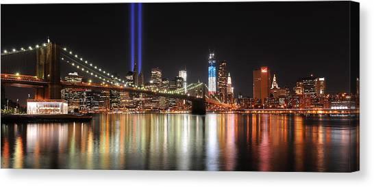Nyc - Manhattan Skyline 9-11 Tribute Canvas Print by Shane Psaltis