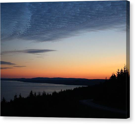 October Summers 610 Canvas Print