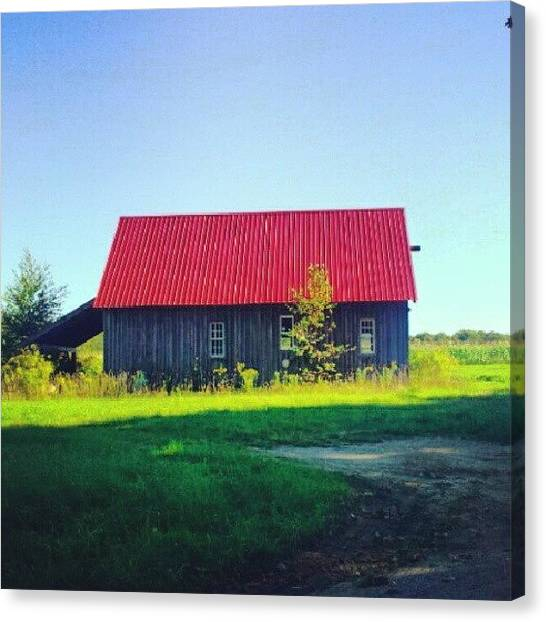 Farmhouse Canvas Print - Old Barn by Laura Vaillancourt