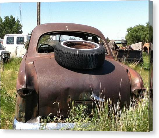 Old Car Canvas Print by Bobbylee Farrier