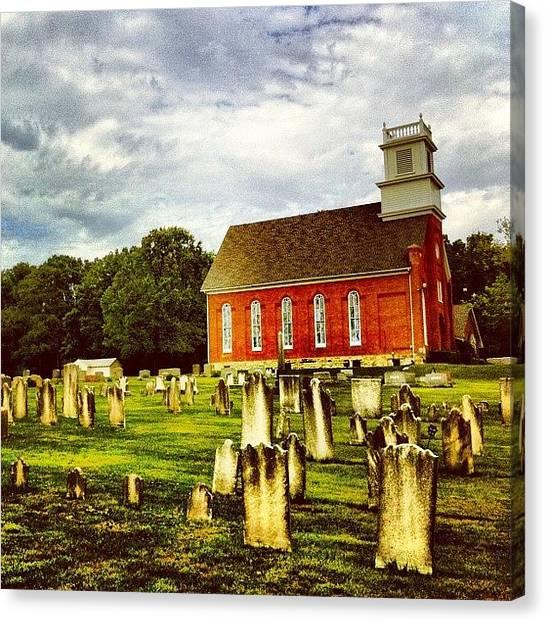 Pennsylvania Canvas Print - Old Church Graveyard In Berks County by Luke Kingma