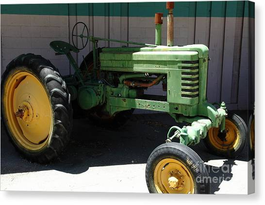 Old Farm Tractor . 5d16614 Canvas Print by Wingsdomain Art and Photography