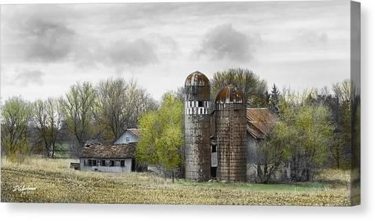 Old Minnesota Farmstead Canvas Print